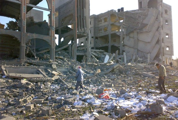 destroyed-building-rafah-during-cast-lead